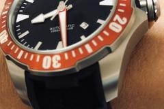 Un reloj mecánico con alma de buceador.